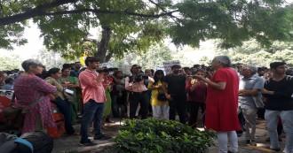 गौरी लंकेश की हत्या के विरोध में देशभर में पत्रकारों ने किया विरोध प्रदर्शन