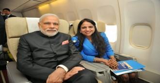 जानिए उस महिला के बारे में जिसे प्रधानमंत्री नरेंद्र मोदी अपनी विदेश यात्राओं में हमेशा साथ रखते हैं