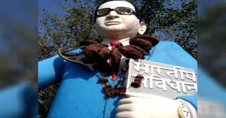 बाबा साहब की मूर्ति का अपमान, विरोध जताने पर पुलिस ने दलितों व महिलाओं पर किया लाठीचार्ज