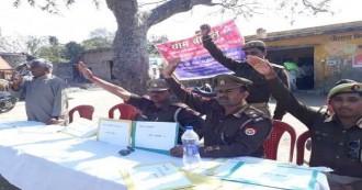 लखीमीपुरी खीरी में अवैध शराब के कारोबार के खिलाफ अभियान तेज, लोगों ने कच्ची शराब पर रोक लगाने की ली शपथ