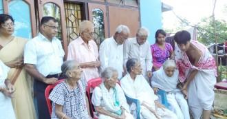 असम सरकार का ऐतिहासिक फैसला- बुजुर्ग माता-पिता की देखभाल नहीं की तो कटेगी सैलरी